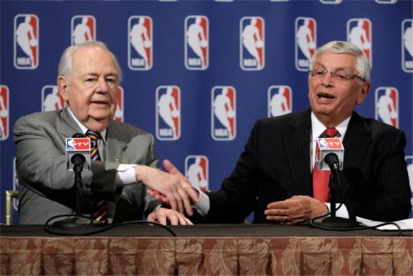 Tom Benson Buys New Orleans Hornets